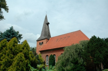 Kirche_Staffhorst.jpg